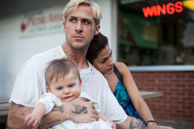 Happy family - Ryan Gosling with Eva Mendes